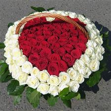 Gorgeous roses heart in basket.